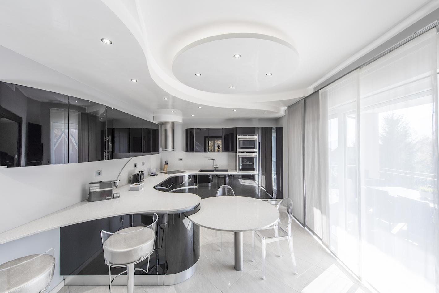 Gallery home progettazione e design di interni con for Interni villa moderna